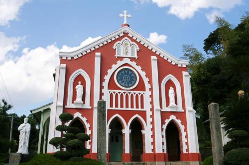 1898年(明治31年)完成の宝亀教会。