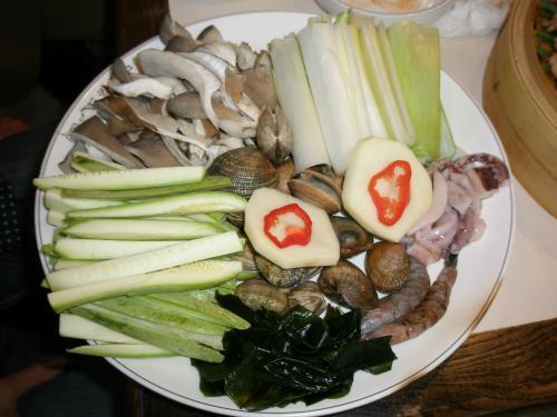 海鮮刀削麺<br /><br />写真は海鮮うどんの具です。