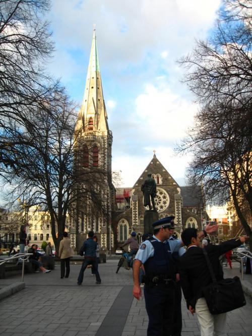 モナヴェイル邸散策後に訪れた<br />クライストチャーチ大聖堂広場