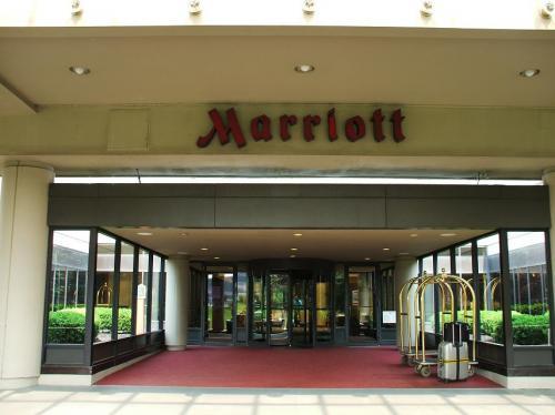 マリオットホテル正面入り口。