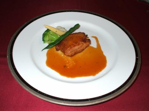肉料理(写真):八ヶ岳高原地鶏のソテーマスタード風味