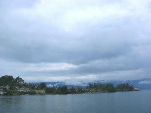 Danau Samosir