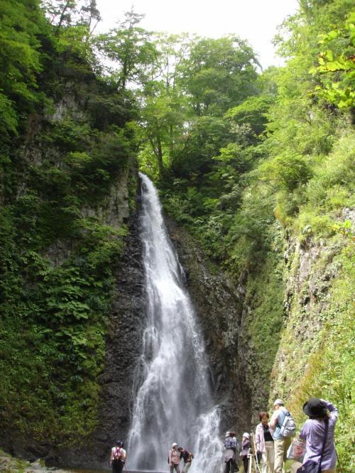 第三の滝 高さ42M 岩木川の源流<br />ブナ散策と滝までの一周は150分(5.6KM)<br />暗門の滝の歩道から行けば120分(5.2KM)