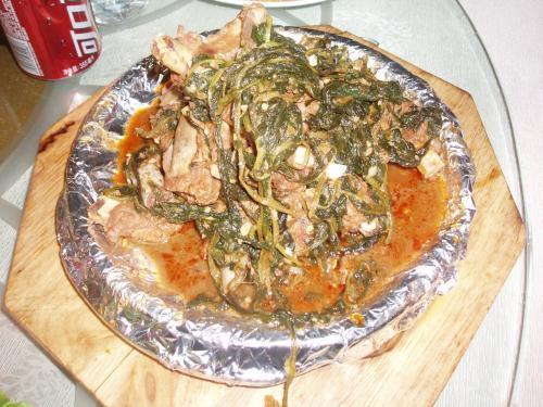 白菜と豚肉の骨付きカルビ