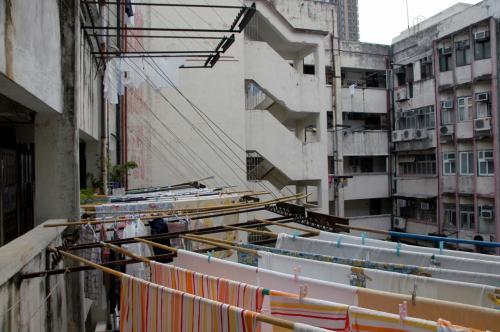 最終日の朝。<br /><br />今日も天気はが良いですね。<br />ホテルのあるマンションには、朝から洗濯物のオンパレード!!<br />直ぐに乾きそうです。