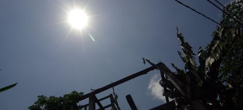 照りつける太陽が眩しい。。。