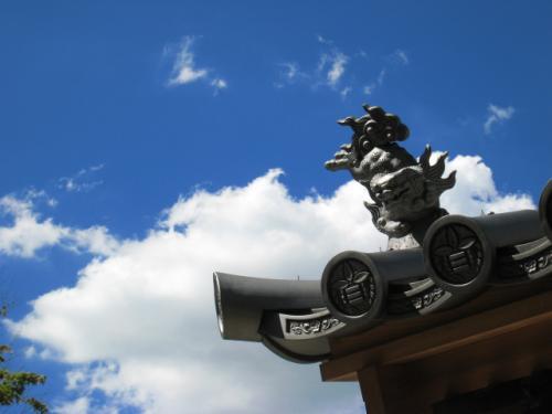 『光明禅寺』の門。