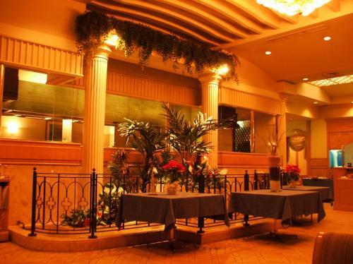 夕食はアネックス1階にあるイタリアンレストラン「アラゴスタ(写真)」にする。
