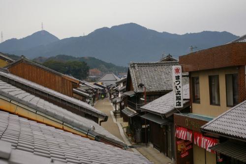 百六里庭 ここの2階からは、このように関宿の街並みが一望できます。
