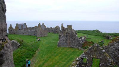 Dunnottar Castle(アバディーンシャー)<br /><br />スコットランドは、とにかく古城が多いのです!!