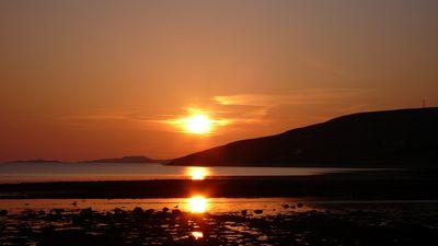 1年でいちばん日が長い6月。かなり緯度の高いこの街は、夕日が見えるのはだいたい22時すぎごろから!!!