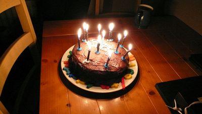 だーりん従姉の子(13歳)が作ったケーキ。心がこもっていておいしかったよ☆