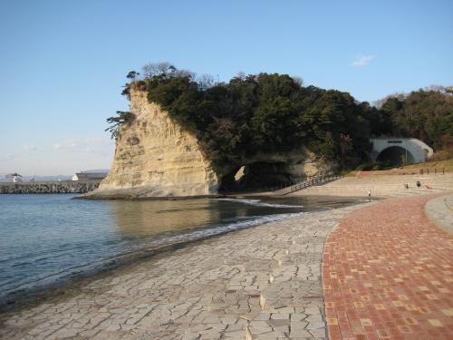 ちょっと移動して、海岸から撮った写真です。