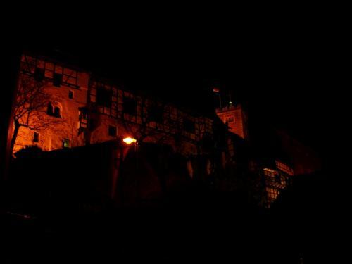 ヴァルトブルク城の夜。