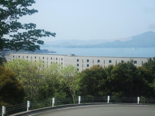 鳥羽展望台からの帰りに「タラサ志摩ホテル&リゾート」(写真)に立ち寄る。