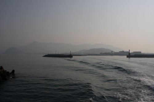 観音寺港を出港