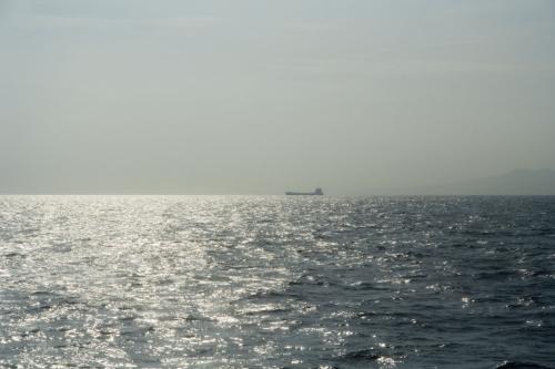 そして、船は……。
