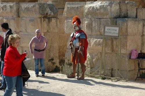 勇壮なローマ軍兵士の衣装