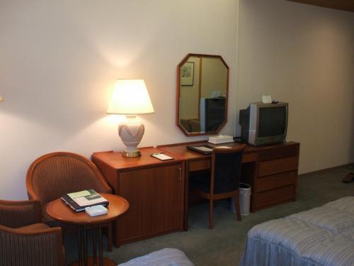 客室専有面積は38.2?、バルコニー面積は4.0?。エクシブ軽井沢の客室の中では一番狭い(安い)部屋である。