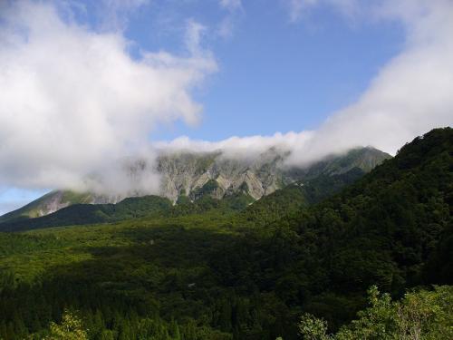 ほとんど雨か曇りでしたが、最後に雄大な大山を見ることができて本当に良かった!<br /><br />また家族で来れたらいいな〜♪