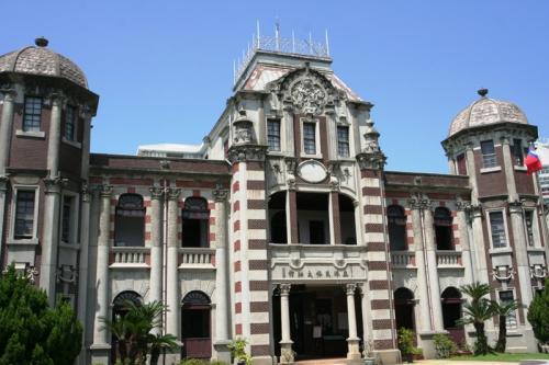 次に訪れたのは「鹿港民俗博物館」です。ネオ・ルネッサンス風の堂々とした建。です。