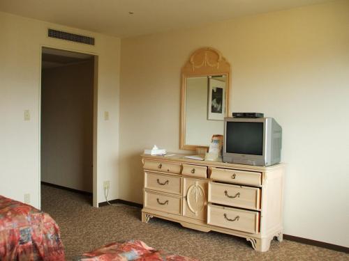 本日はメンバーズホテル「平日特別優待チケット」を利用して、1泊2食税・サ込みで1人9350円(ゴルフ場に面した客室を利用する場合はこれより1人500円アップ)