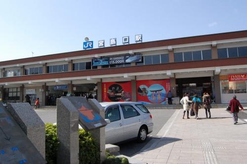こちらが、JRの宮島口の駅。