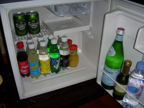 こちらは冷蔵庫のの中です。<br />ビールはカールスバーグが入っていました。