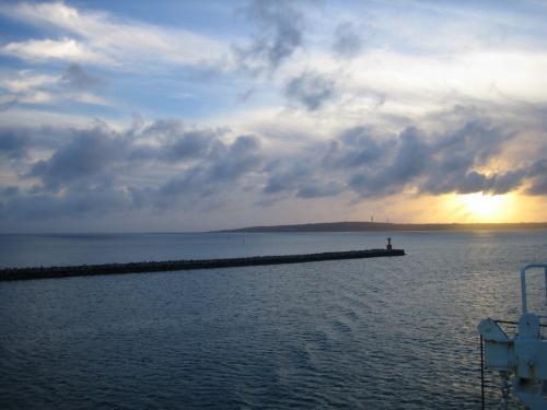 一瞬だけの滞在、宮古島からみた夕焼け。