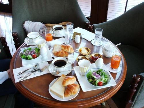 窓側の席に座り、妻と二人でゆっくり朝食をとる。心豊かな時間が流れる。
