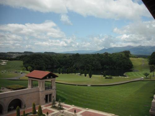 グランディ那須白河ゴルフコース(写真)は女子プロトーナメントも開催される本格派で、36ホール、パー143ある。<br />