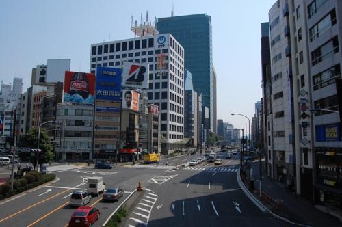 赤坂方面も。<br /><br />ここらへんに、吉野家があったら、行きたい気分でした。