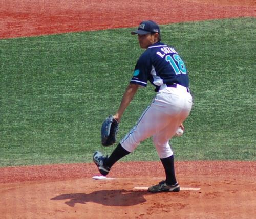 明治安田の先発は、鈴木投手。