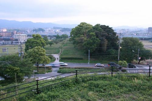 上に登って、水城を眺めてみます。