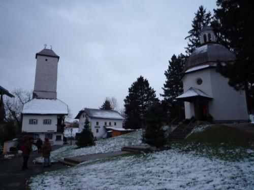 きよしこの夜の作曲された教会は川の氾濫で流され、代わりに建てられた小さな礼拝堂あります。