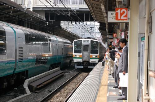 そして、私は、東海道線で東京まで行きますわ。<br /><br />京急とか東急もいいんですが・・・。<br />ドームへは、東京駅経由が好きです。<br />