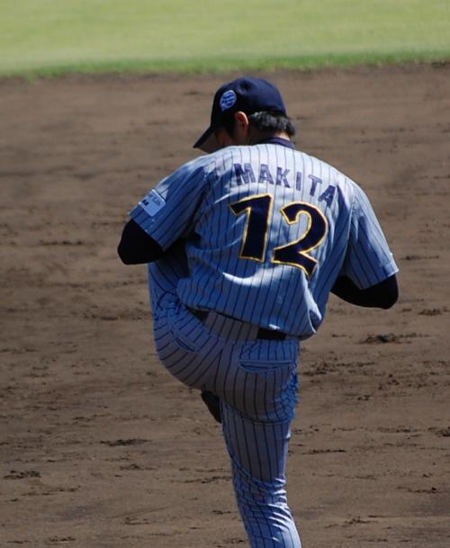 日通の先発は、牧田投手ですよ。<br /><br />私の好きなサブマリン。