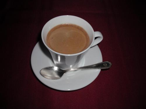 最後は有機栽培の珈琲・紅茶。以上で飲み物を含めて2人で約9000円。