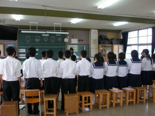 2009年10月02日(金)<br /><br />14:20 音楽の授業見学