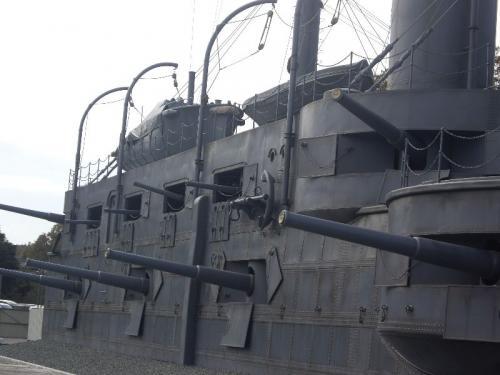 「妻が戦艦好きだったとは…」と呟いていた夫も結構楽しんだ模様。<br />