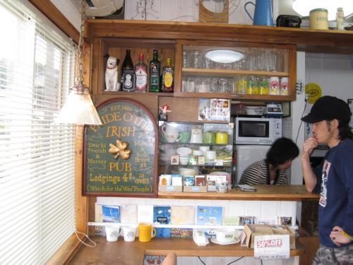 ちょっとおしゃれなご夫妻のカフェ。<br /><br />気さくなおしゃべりが楽しい。<br /><br />手作り寒天を使ったあんみつが有名らしい。