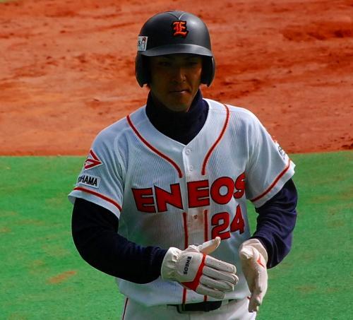 2試合目のENEOS。<br /><br />新日本石油ENEOSは、日本通運と対戦。<br />今年は、リーグ戦なので、昨日もこの両チームを見ています。<br /><br />イケメン平田大門。<br />