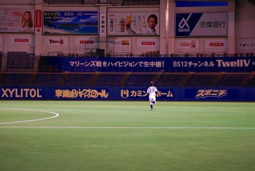 松井ダッシュ!<br /><br />守備につく時の松井君のダッシュで感動。<br />この日も速かった。