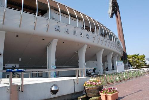 さて、長良川球場に入ります。<br /><br />初めてのベーブルース杯の観戦です。<br />