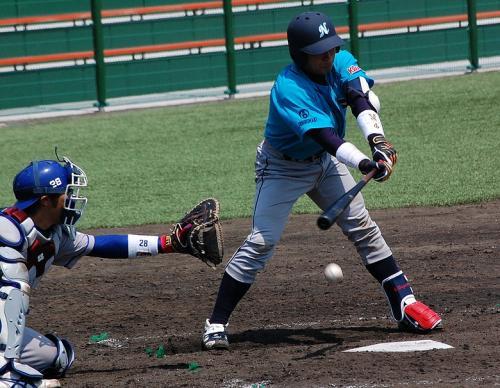 続く第2試合。<br />住金鹿島VS日本製紙石巻。<br /><br />この日は、石田、太田、久古の3人が集まるも、誰も出場せず・・・・。悲しい。<br />