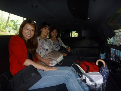 女性陣、元気そうです♪<br />成田からの参加者は全員が今回初めての参加です。