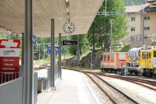 ポントレジーナ駅に到着。