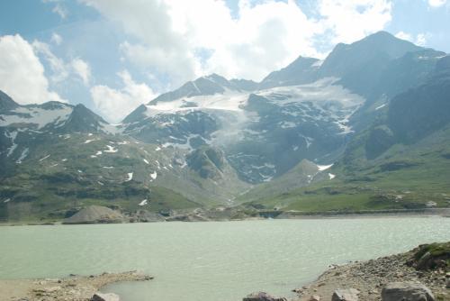 ビアンコ湖。