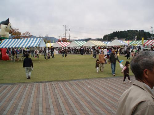 同日に、とちお道の駅で行われていた、<br />栃尾地域農業まつり。<br />
