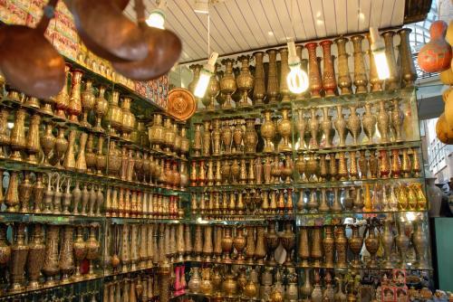 全部がパキスタン花瓶ですね。